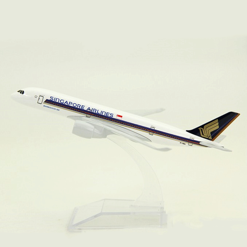 16cm 1:400 Scale Airplanes Alloy Metal Air Singapore Airlines Airbus A350 -900 Airplane Model Plane Stand Aircraft Kids Gifts