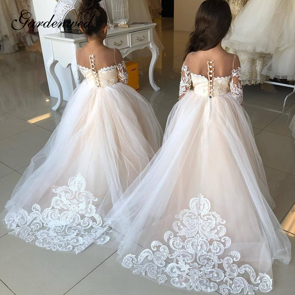 2020 Kids Puffy Ivory Tulle Lace Ball Gown Flower Girl Dresses Puffy Satin Bow Girl Princess Dresses Long Kids Communion Dresses