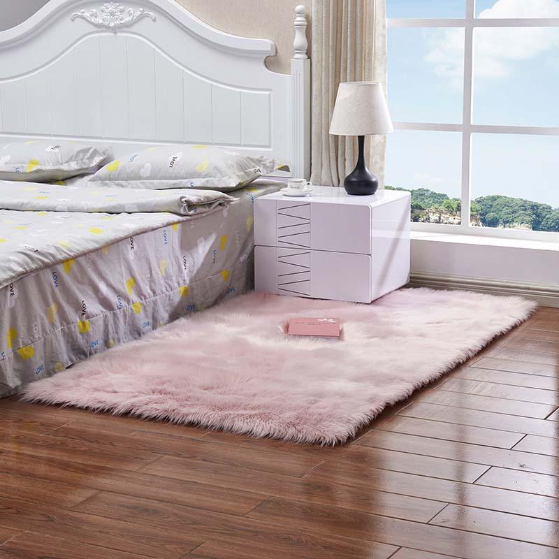 Очень мягкие прямоугольные коврики из искусственного меха овчины для спальни, напольный ворсистый шелковистый плюшевый ковер, белый ковер из искусственного меха, прикроватные коврики - Цвет: Розовый