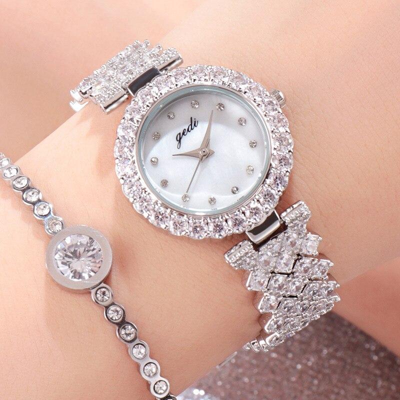 Mode de luxe dames montre à Quartz filles femmes montre-bracelet haut marque incrusté strass femme horloge Relogio Feminino