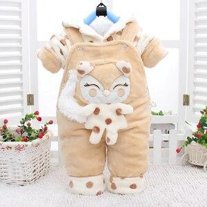 Image 3 - Conjuntos de ropa de abrigo para bebé recién nacido, sudaderas con capucha de algodón grueso de terciopelo + Pantalones de babero, chándales de 2 uds para niña pequeña 2Y