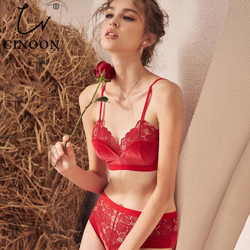 CINOON 2019 New Fashion Women Velvet Bra set Underwear Lace Brassiere wireless Lingerie Soft Trim Comfortable Bralette set
