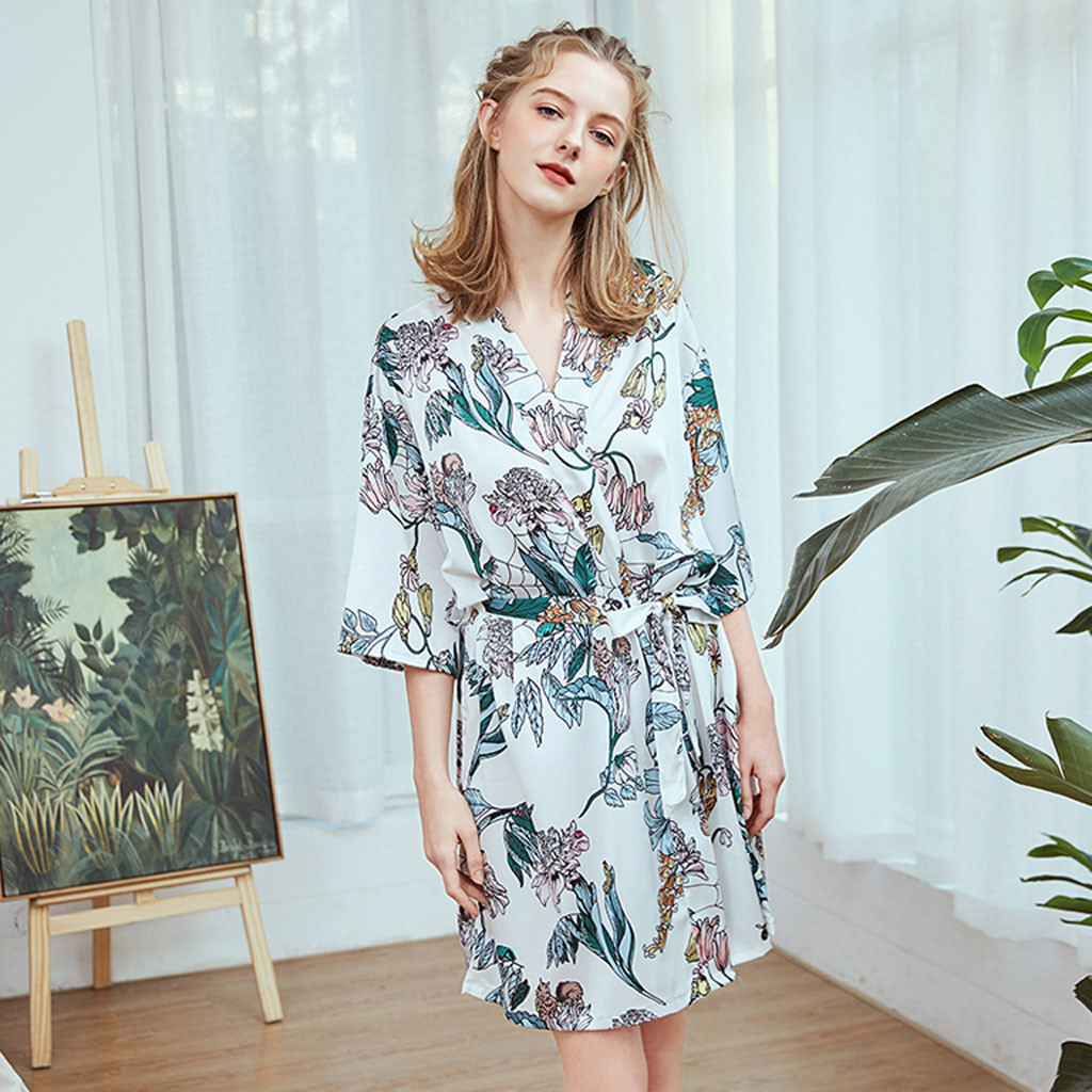 Sexy Pajamas Silk Night Gown Bride Wedding Robe Hot Sale Women Robes Kimono Satin Sleepwear Pyjamas Nightdress Bathrobe Home2019