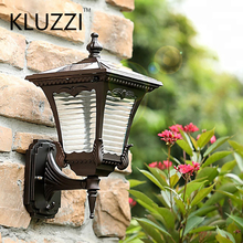 KLUZZI Outdoor Antique European Style Wall Lamp Aluminum IP55 Waterproof Led Outdoor Solar Powered Wall Light garden light