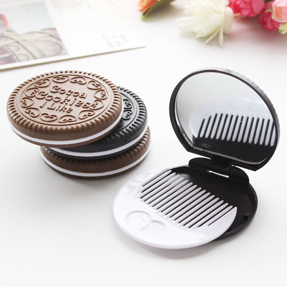 Mini Pocket Chocolate Cookie Biscuits Compact Mirror With Comb Cute Foldable Portable Makeup Mirror Makeup Tool