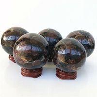 Dropshipping 54 58mm 1pc Natural Garnet Ball Crystal Stone Sphere Balls Quartz Healing Collection Gifts Natural Crystal Ball