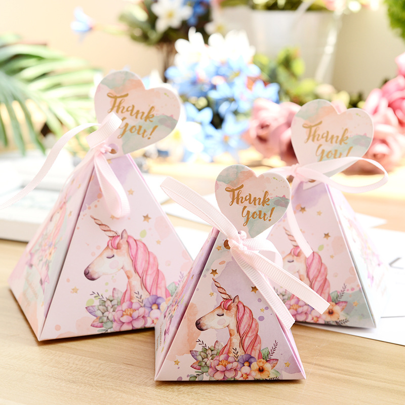 10pcs Unicorn Triangle Pyramid Style Candy Paper Box Wedding Favors Party Supplies Candy Boxes Wedding Box Party Decoration