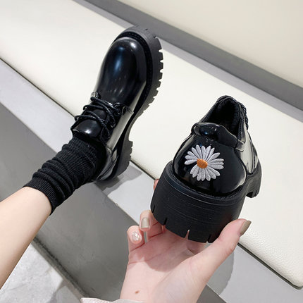 Fashion flat shoes 2020 spring and autumn new wild tide women's shoes Europe and the United States gentle and comfortable fairy