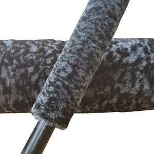 Image 5 - 1 Pcs Top Microfiber Premium Wheels Brush Non Slip Handle Easy Cleaning Rims Spokes Wheel Barrel & Brake Caliper Car Fiber Brush