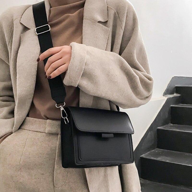 Woman Bag Summer 2019 New Simple Broadband Baggage Korean Version One Shoulder Slant Baggage