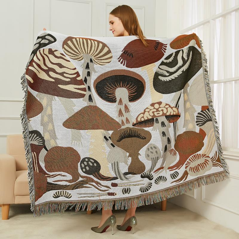 Mushroom Group Sofa Towel Blanket Kintted Bed Throw Fabric Thin Wall Decorative Tapestry Leisure Femal Shawl New Year Decoration
