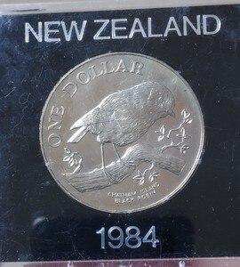1984 Новая Зеландия 1 доллар 38 мм Монеты старая оригинальная монета Коллекционная серия 100% реальный случайный год