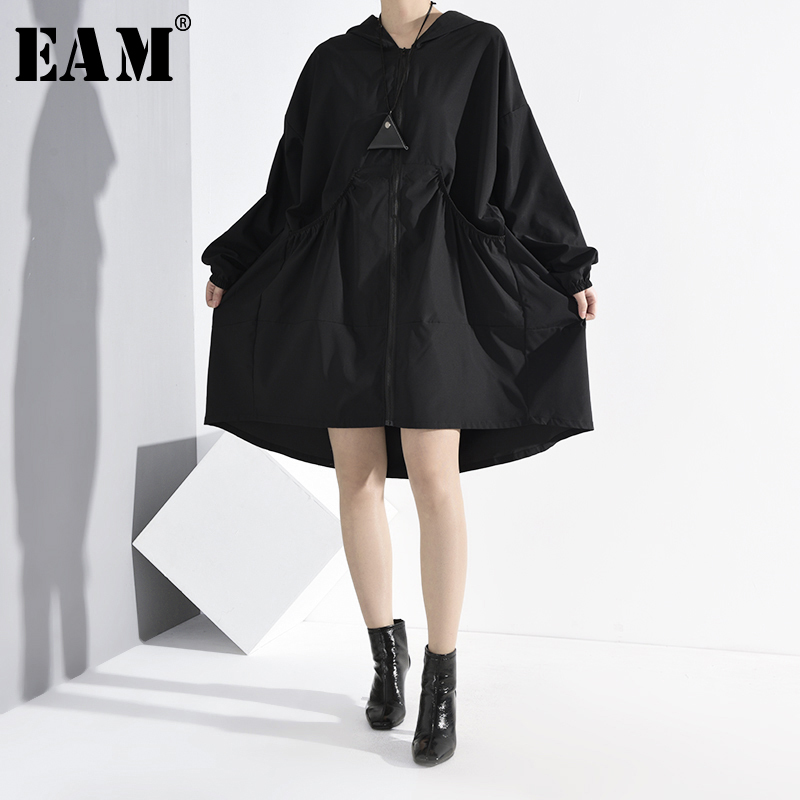 [EAM] Women Black Thin Ruffles Big Size Trench New Hooded Long Sleeve Loose Fit Windbreaker Fashion Tide Spring 2020 1M00701