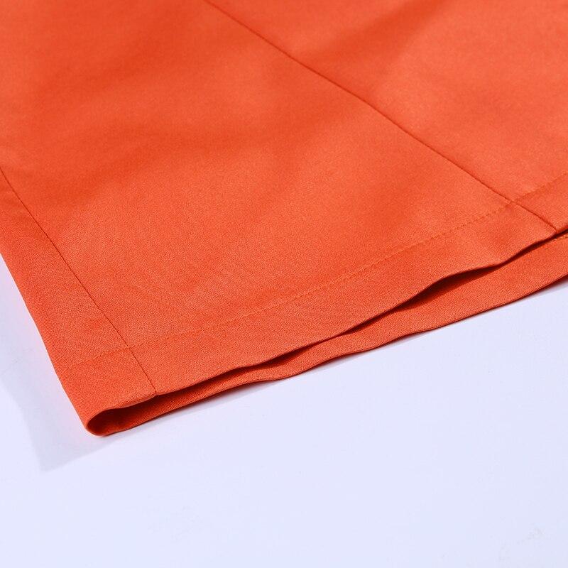 Γυναικείο κοστούμι δύο κομματιών ζακέτα και σορτς msow