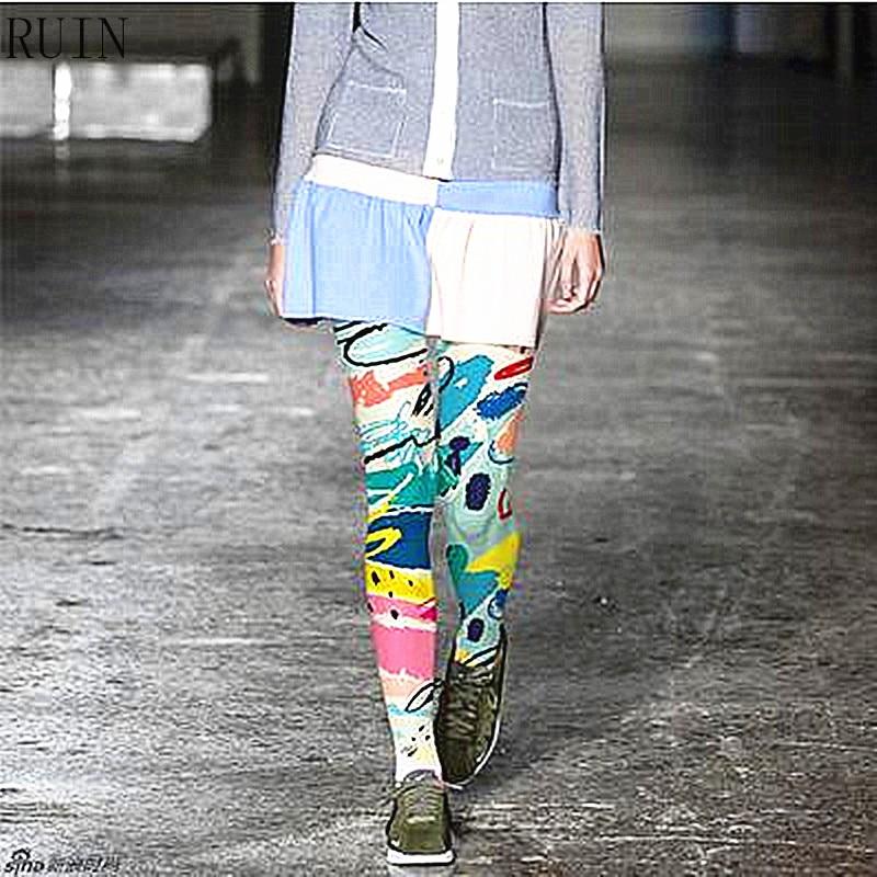 Ženske nogavice RUIN Grafiti natisnjene hlačne nogavice