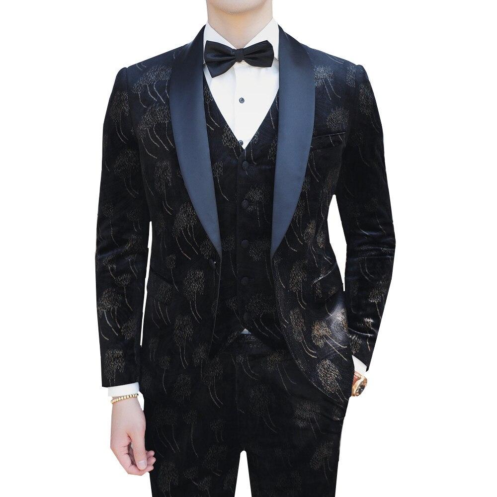 Vintage Floral Suits For Men 2019 Slim Fit Velvet Suit 3 Piece Man Wedding Groom Tuxedo Prom Party Dinner Dress Velvet Suit