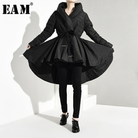 [EAM] Loose Fit Black Pleated Back Long Down Jacket New Hooded Long Sleeve Warm Women Parkas Fashion Spring Autumn 2020 YA1080