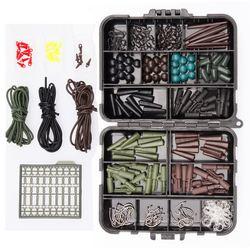 Pudełko ze sprzętem wędkarskim pakiet karpiowe klipsy bezpieczeństwa haczyki obrotowe szybkie linki w Zestaw wędkarski od Sport i rozrywka na