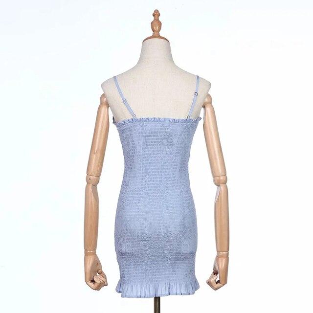 Mini robe de soleil froncée pour femme avec ourlet peps en Mini-robe à bretelles Spaghetti bleues
