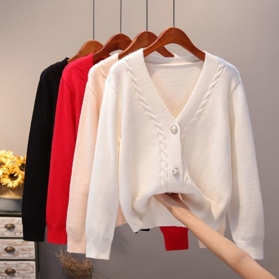 Sweater Cardigan Women Autumn Winter New V Neck Pearl Single Breasted Loose Short Thicken Sweater Sweet Long Sleeve Knitting Top