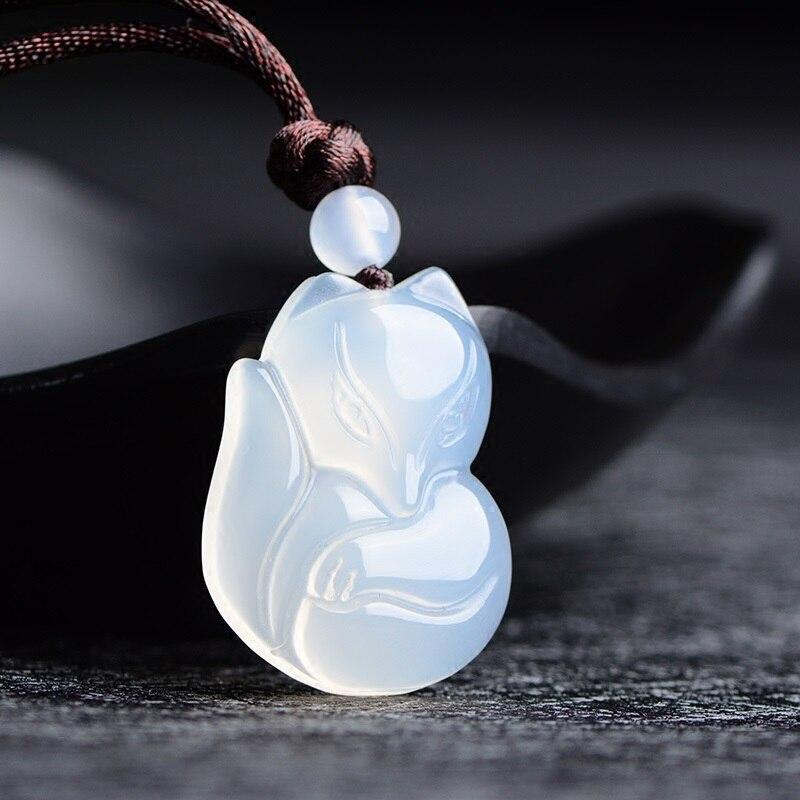 Натуральный зеленый белый китайский халцедон нефрит лиса кулон ожерелье Модные очаровательные ювелирные изделия Резные амулеты Подарки для женщин мужчин - Цвет камня: White fox