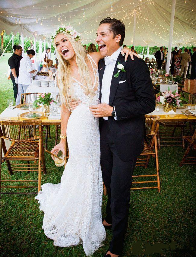 2018 Garden Bohemian Lace Vestios Sexy Plunging V-Neck Sheer Lace Backless Mermaid Bridal Gown mother of the bride dresses