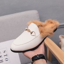 Mules 2020 Half Shoes For Men Fur Leather Shoes Men Slippers White Luxury Shoes Men Fashion Mens Winter Casual Slip On Flats