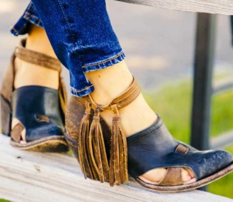 2019 Yaz Kadın Çizmeler Püskül Orta Topuklu Ayakkabı PU Deri yarım çizmeler Perçin Toka Günlük Ayakkabı Martin Kadın kısa çizmeler