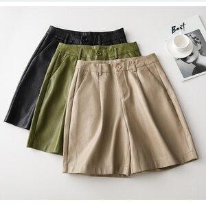 Image 3 - Shorts de couro pu com botões traseiros, moda feminina para outono e inverno, calção solta em couro com cinco pontos, plus size, S 3XL shorts com bermuda