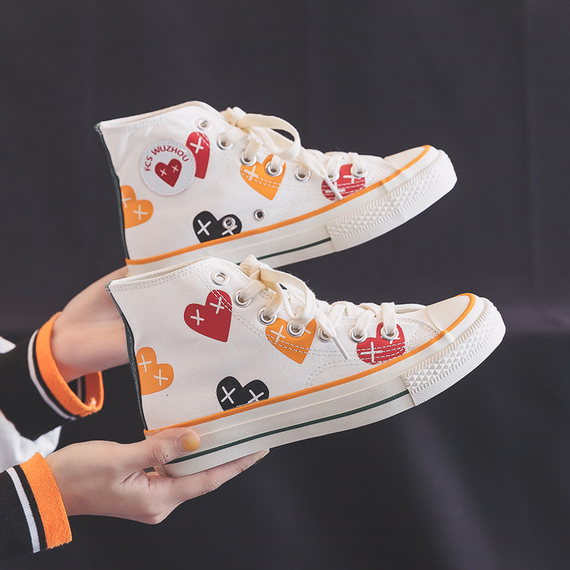2020 New Spring Love White Shoes Women High-top Canvas Shoes Heart Shape Ins Style Lace Up Flat Heel Sneakers Girls Trainers