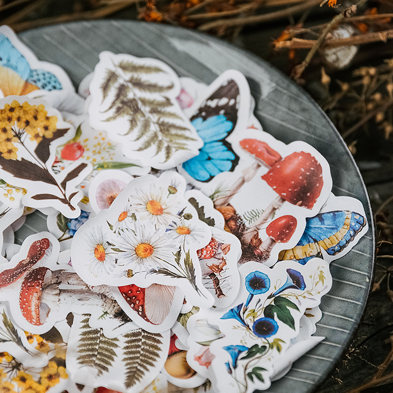 Купить с кэшбэком Journamm 60pcs/lot Flowers Butterfly Retro Memo Pads Sticky Notes Notepad Diary Creative Stationery Self-Stick Notes Memo Pads