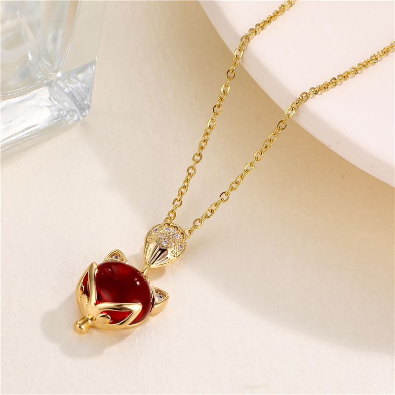 Exquisite Gold Plated Red Fox Pendant Necklace Romantic Charming Red Gems Zircon Crystal Necklace Women Jewelry Birthday Gifts