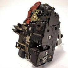 8E0839016C / /5353765/right rear door lock for AUDI A4 AVANT (8E) 2.5 TDI (120KW)   05.02 - 12.04 1 year of