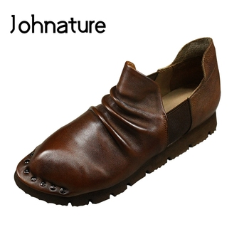 Johnature Retro Pumps Women Shoes Pleated Genuine Leather Pointed Toe 2020 New Autumn Slip-on Casual Handmade Ladies Shoes
