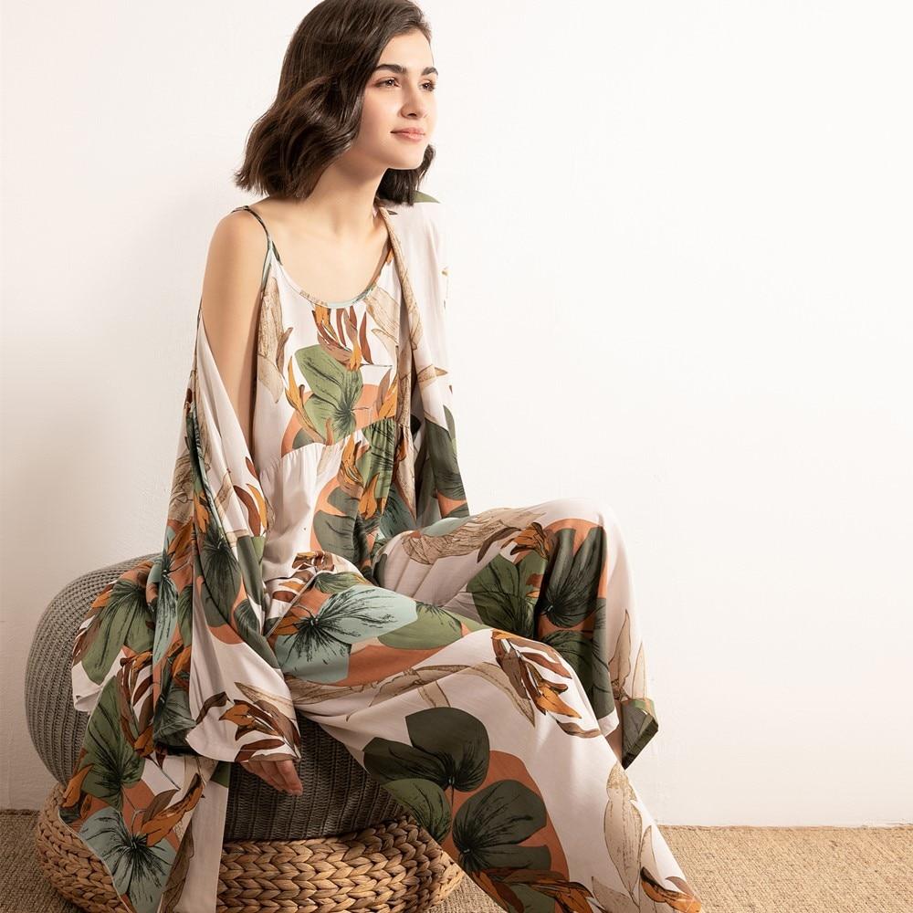 JULY'S SONG 3 PCS Frauen Viskose Pyjamas Set Floral Gedruckt Weibliche Pyjama Elegante Weibliche Nachtwäsche Frühling Sommer Kühle Nachtwäsche