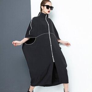 Image 4 - [EAM] 2020 nouveau printemps col montant à manches longues noir lettre fermeture éclair irrégulière grande taille solide robe femmes mode marée JE65001