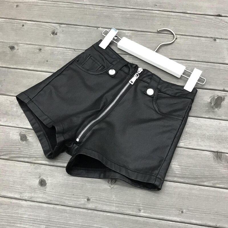 2020 New Winter PU Leather Shorts Women Solid Faux Leather Elastic Shorts High Waist Fashion Shorts Female Black Leather Shorts