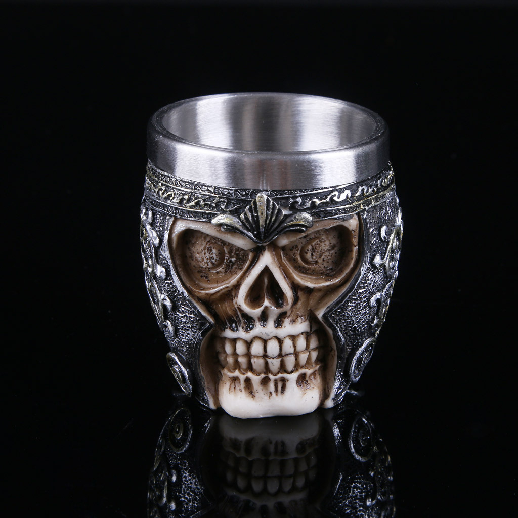 <font><b>Beer</b></font> Mugs Gothic Warrior Skull Coffee Whiskey <font><b>Cup</b></font> Resin Retro Party Bar Drinking Home Decoration Halloween Christmas Ornament image