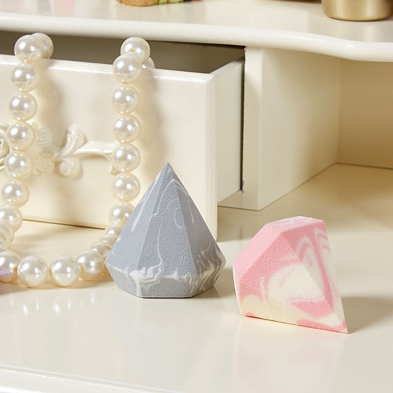 1Pcs Fashion Two Color Beauty Eggs Ultra Soft Makeup Puff Mix Sponge For Beauty Stirring Basic Makeup Tools