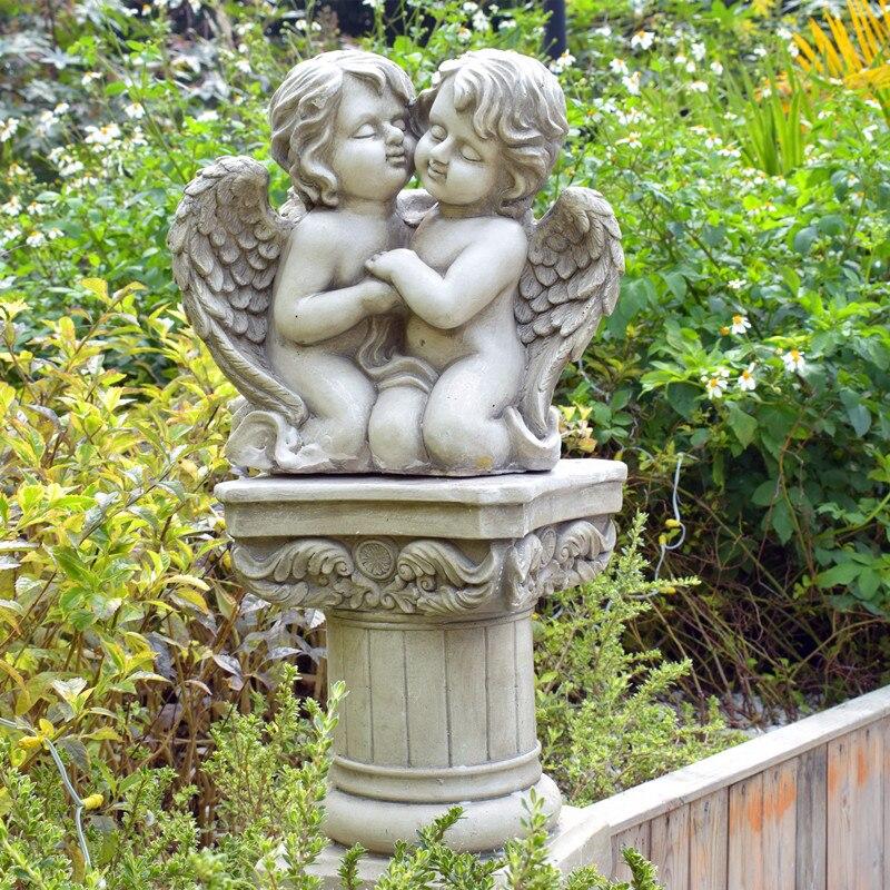 Modèle résine deux étreintes ange garçons jardin Sculpture maison ornements Statues en plein air Simulation étang décor paysage artisanat
