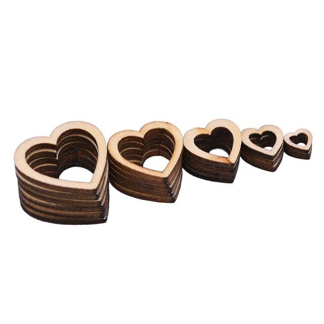 50/100pcs puste serce drewno plastry drewno miłość serce okrągły kształt konfetti na stół weselny DIY Craft rustykalne dekoracje ślubne przyciski
