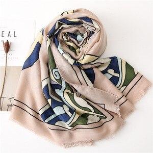 Image 3 - Baumwolle Frauen Lange Schals Weiche Frühling dame Viskose Strand Tücher Dünne Sommer Mode Weibliche Wraps Muslimischen Kopf Hijabs