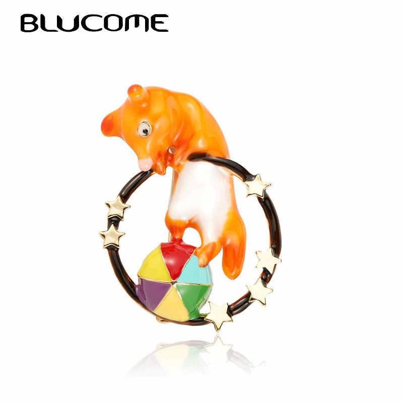 Blucome エナメル動物演奏ボール形状ブローチ女性の子供のギフトサーカスサークルキツネバッジピンラインストーンの宴会パーティーブローチ