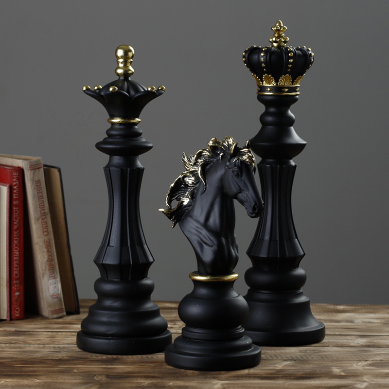 1Pcs Resin Chess Pieces Board Games Accessories International Chess Figurines Retro Home Decor Simple Modern Chessmen Ornaments-0
