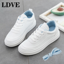 цены 2019 New White Sneakers Women Canvas Shoes Female Casual Flats Cute Heart Leather Skateboard shoes Lace-Up Vulcanize Shoe Girls