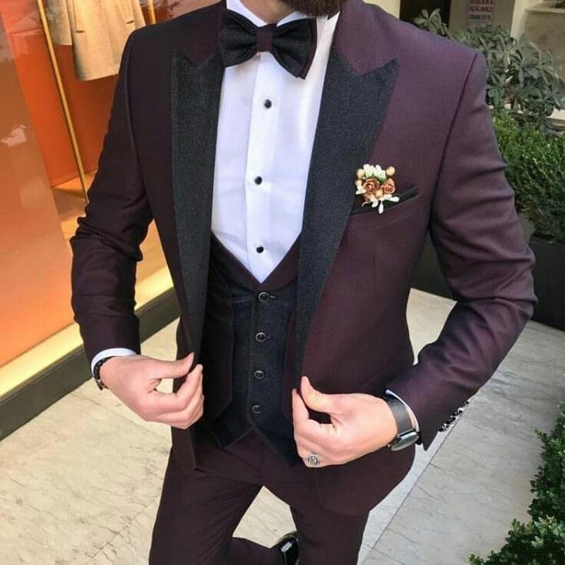 Burgundy Suits For Wedding Tuxedos Groom Wear Black Velvet Peaked Lapel Groomsmen Outfit Man Blazers 3 Pieceschiefs)