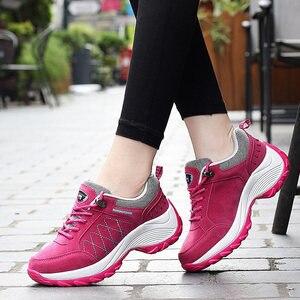Image 3 - Женские кроссовки на платформе, со шнуровкой, на весну и осень, удобная спортивная обувь, увеличивающая рост