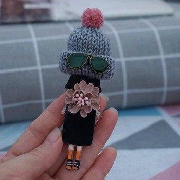 Woman cute Brooches Pins for friends Harajuku badges Cartoon brooch pins Dropshipping woman cute brooch models acrylic brooches pins badges