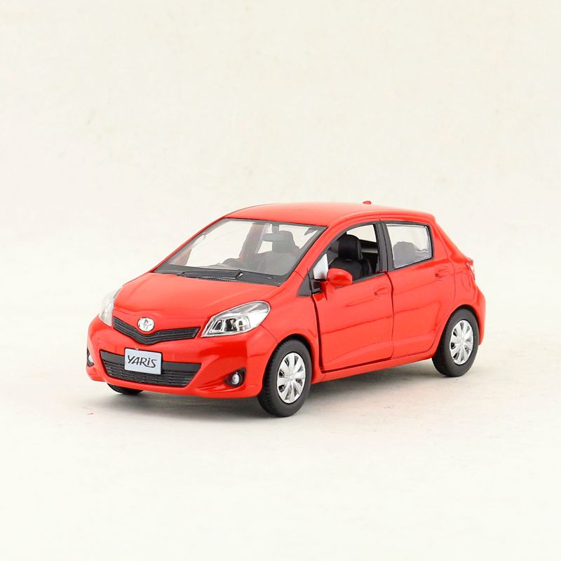 Hot 1:36 Toyota Yaris/Vitz Alloy Model,simulated Die-casting Pull Back Door,birthday Gift Children's Toys,free Shipping