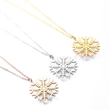 Viking Necklace Women Accessories Protection Amulets Stainless Steel Jewelry Gold Chain Aegishjalmur Vegvisir Pendant Necklaces